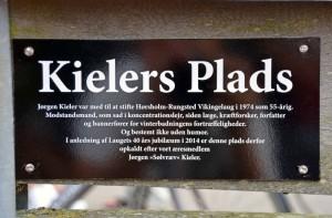 Skiltet med Kielers Plads. Foto: Jesper Alstrøm.